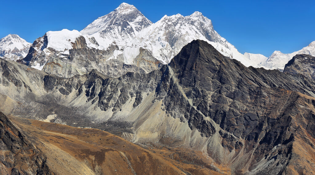 Mount Everest overlooking the Lhotse and Gokyo peaks in the Himalayan mountain ranges