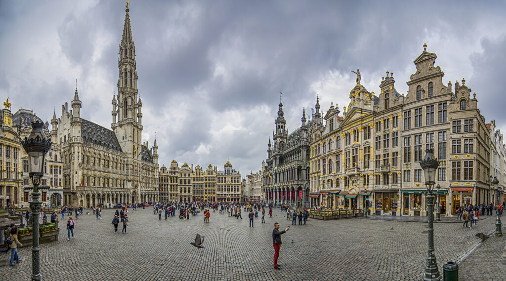 Sparkling view of the Grand-Place of Brussels at dusk
